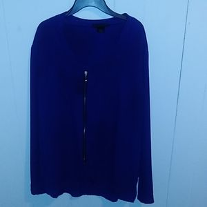 Long sleeved ladies blouse